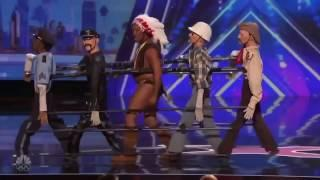 Топ 10 реакций зрителей на шоу Америка ищет таланты.