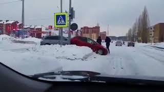 Нефтекамск ДТП на КарлаМаркса - Комсомольский