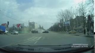 Момент зіткнення смертельної ДТП у Хмельницькому. 28.03.18