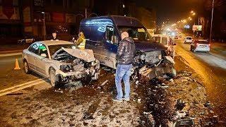 ДТП в Киеве: на Харьковском шоссе Volkswagen вылетел на встречку