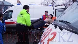 В Алматы в результате ДТП пострадала беременная женщина