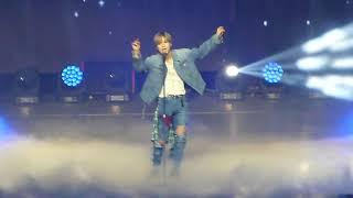 Despacito - Taemin cover / Latin Pop Fiesta @ Music Bank Chile / Movistar Arena 180323